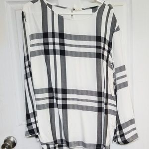 Plaid Bell Sleeve Top Size M